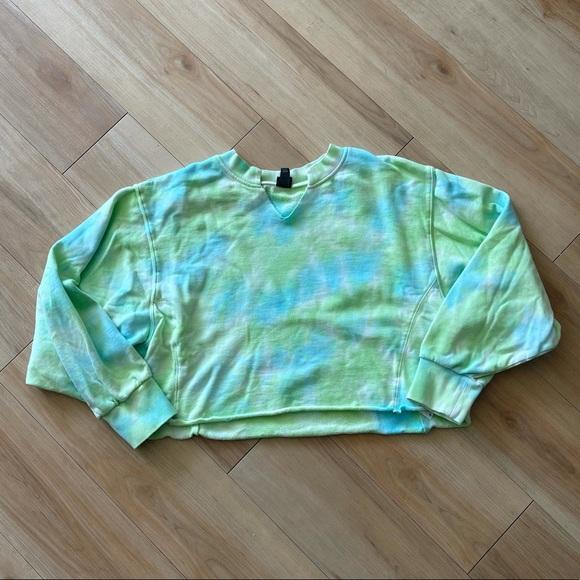 Wild Fable Tie Dye Cropped Crewneck Sweatshirt